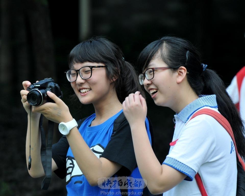 毕业季,一起合影吧初中语文书封面图片图片