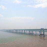 杭州湾跨海大...