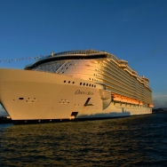 加勒比海航行...