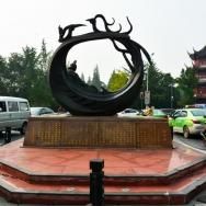凤求凰雕塑